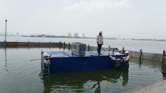 Nước hồ Tây giảm ô nhiễm sau khi được xử lý bằng công nghệ Nhật Bản - Ảnh 1
