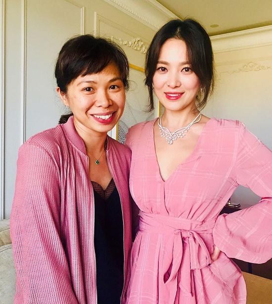 Lộ ảnh Song Hye Kyo xuất hiện lộng lẫy, trả lời phỏng vấn sau ồn ào ly hôn - Ảnh 1