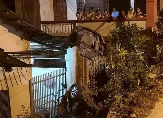 Nghi vấn tài xế say rượu gây tai nạn liên hoàn tại Yên Bái - Ảnh 1