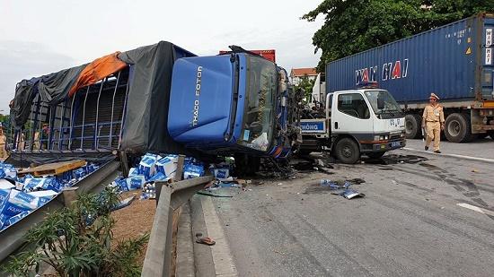Vụ tai nạn 5 người tử vong ở Hải Dương: Khởi tố tài xế xe tải - Ảnh 1