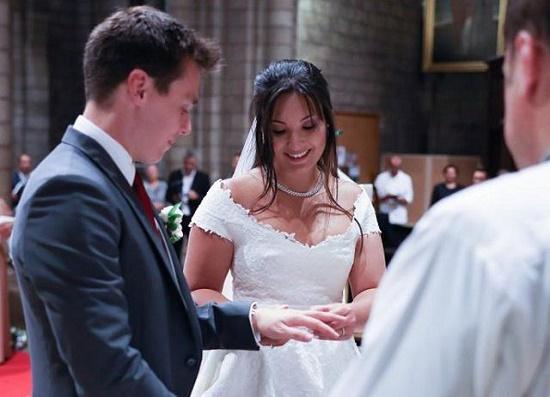 Vẻ đẹp của cô gái gốc Việt trở thành nàng dâu Hoàng gia Monaco - Ảnh 4
