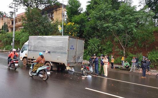 Công an tỉnh Đắk Nông lên tiếng vụ cán bộ trại giam tử vong sau tai nạn - Ảnh 1