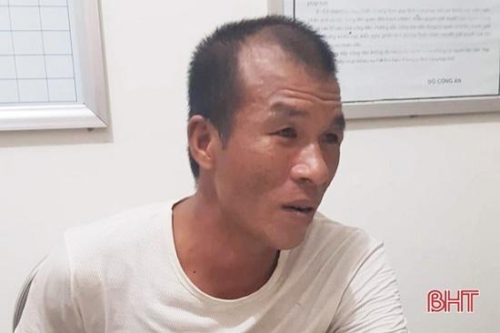 Điều tra vụ người đàn ông hung hãn chém gục hàng xóm, tấn công chiến sĩ công an - Ảnh 1
