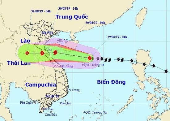 Diễn biến mới nhất bão số 4: Tâm bão hướng thẳng vào Nghệ An đến Quảng Bình - Ảnh 1