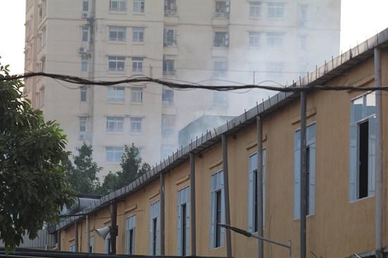 Công ty bóng đèn phích nước Rạng Đông tan hoang sau vụ cháy kinh hoàng - Ảnh 1