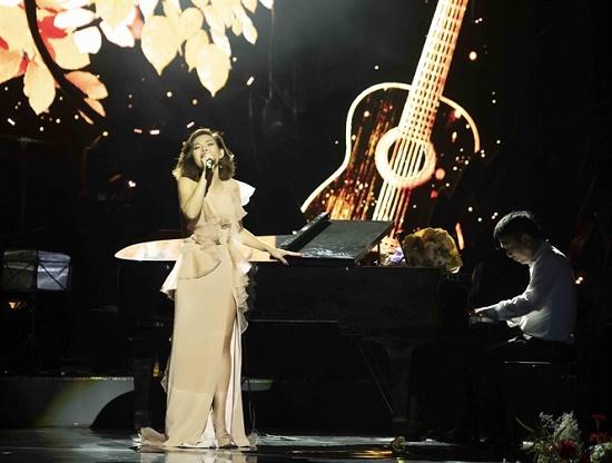 """Ca sĩ Ngọc Anh: """"Rời Tam ca 3A, tôi vừa khóc nức nở vừa hát bài cuối cùng"""" - Ảnh 2"""
