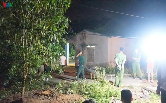 Hiện trường vụ nghịch tử dùng dao sát hại bố và anh vợ tại Quảng Ninh - Ảnh 5