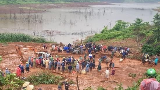 Thêm một thủy điện tại Đắk Nông gặp sự cố, phải xả lũ khẩn cấp để tránh vỡ đập - Ảnh 1