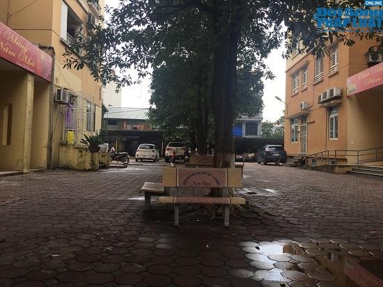 Hai tuần sau vụ cháy công ty Rạng Đông: Chung cư lác đác đèn, phố Hạ Đình đìu hiu khác lạ - Ảnh 8
