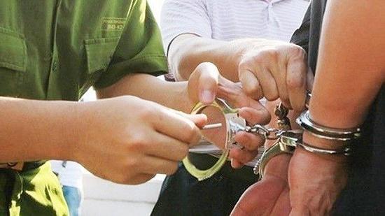Bắt giam, tước quân tịch một cán bộ công an ở Thái Bình - Ảnh 1