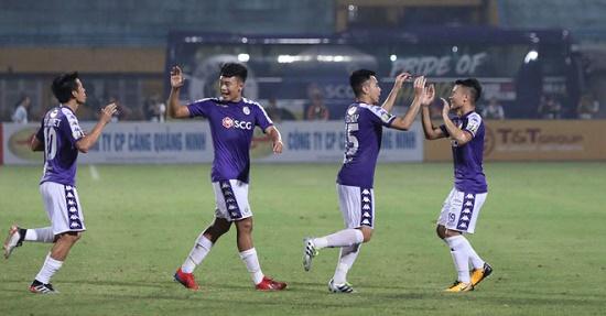 Hé lộ về phương án dự phòng của HLV Park nếu dàn cầu thủ Hà Nội FC quá tải - Ảnh 1