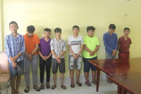 Bắt khẩn cấp đối tượng 17 tuổi chém hỏng xe dân phòng ở Đồng Nai - Ảnh 2