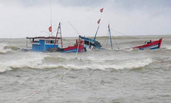 Tàu cá Nghệ An gặp nạn, 6 người chết và mất tích - Ảnh 1