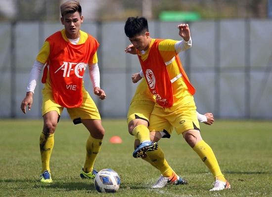HLV Park Hang Seo thoải mái để báo chí tác nghiệp sau trận hòa UAE - Ảnh 1