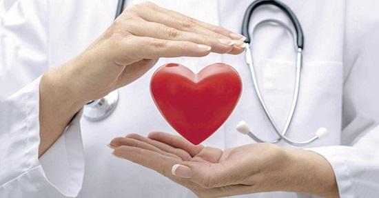 Bác sĩ khuyến cáo về cách phòng chống nhồi máu cơ tim, đột qụy não ngày Tết - Ảnh 1