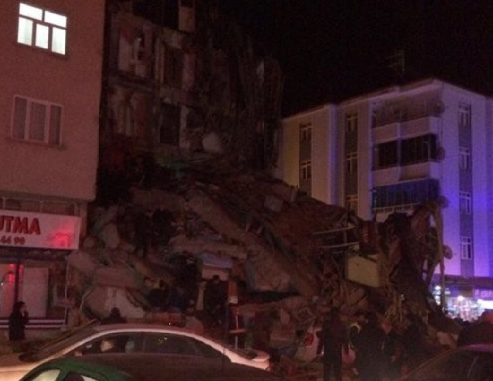 Thông tin mới nhất vụ động đất làm rung chuyển Thổ Nhĩ Kỳ - Ảnh 1