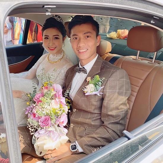 Tiết lộ lý do các tuyển thủ Việt Nam vắng mặt trong đám cưới của Phan Văn Đức - Ảnh 1