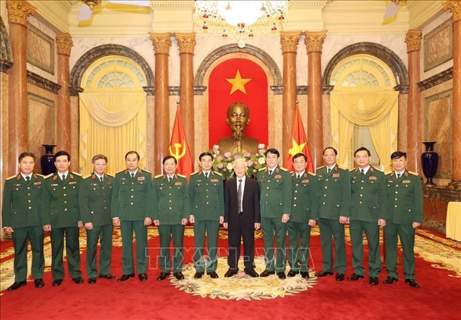 Tổng Bí thư, Chủ tịch nước trao Quyết định thăng quân hàm cho hai tướng lĩnh Quân đội - Ảnh 3