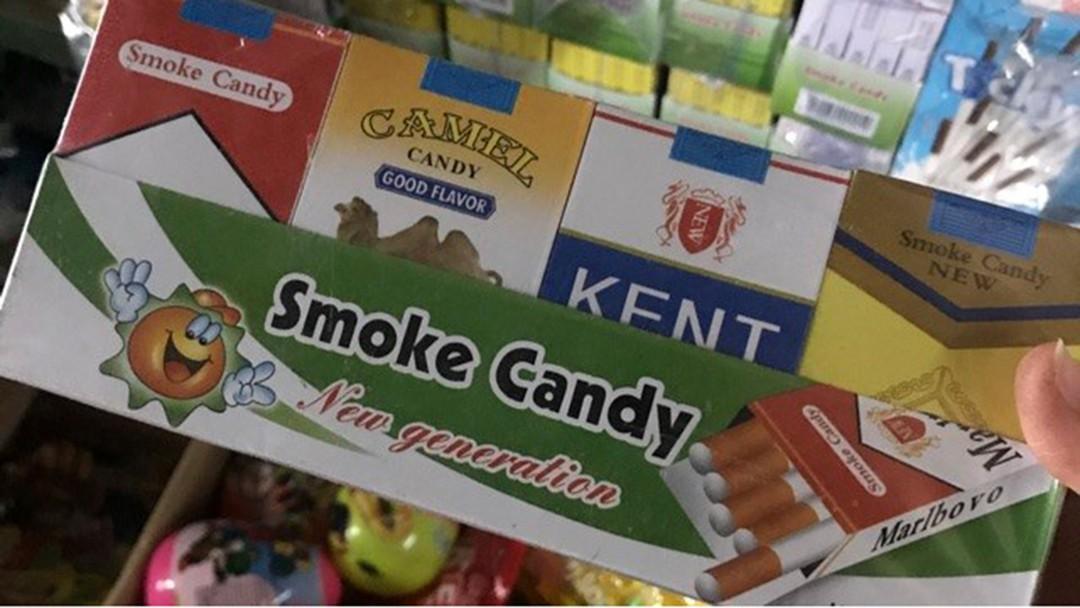 """Đường đi lắt léo của """"sức hút"""" ma quái từ làn khói ảo mang tên """"kẹo thuốc lá"""" - Ảnh 1"""