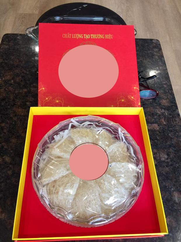Matt Liu bị chê tặng quà kém tinh tế, mẹ Hoa hậu Hương Giang có hành động bất ngờ - Ảnh 3