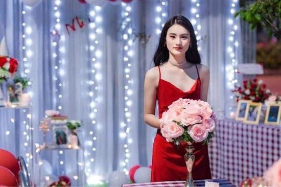 """Nữ sinh Tuyên Quang sở hữu nhan sắc """"đẹp như tượng tạc"""", góc nghiêng kiêu kỳ khiến bao chàng đắm say - Ảnh 10"""