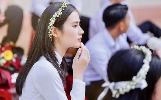 """Nữ sinh Tuyên Quang sở hữu nhan sắc """"đẹp như tượng tạc"""", góc nghiêng kiêu kỳ khiến bao chàng đắm say - Ảnh 8"""