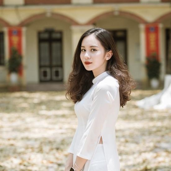 """Nữ sinh Tuyên Quang sở hữu nhan sắc """"đẹp như tượng tạc"""", góc nghiêng kiêu kỳ khiến bao chàng đắm say - Ảnh 9"""