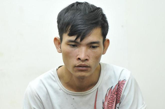 Vụ tài xế xe ôm bị sát hại với 10 nhát dao: Nghi phạm bị khởi tố những tội danh gì? - Ảnh 1