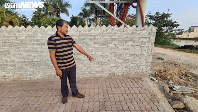Vụ bé trai 14 tuổi bị hành hung ở Bắc Ninh: Người đầu tiên phát hiện nạn nhân nói gì? - Ảnh 1