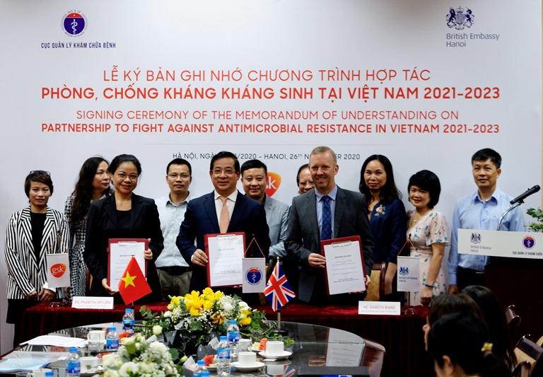 Ký kết chương trình hợp tác phòng, chống kháng kháng sinh tại Việt Nam 2021 - 2023 - Ảnh 1