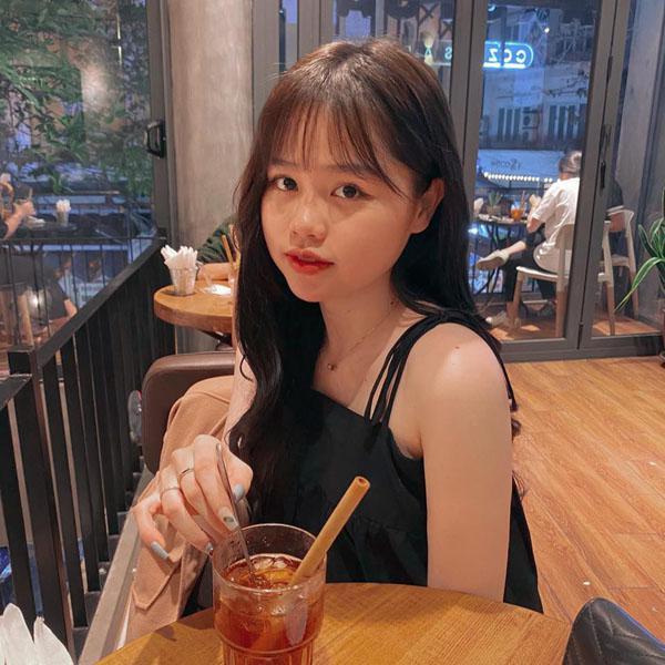 """""""Profile"""" học vấn của Huỳnh Anh - nàng WAQs đang ồn ào trên MXH - Ảnh 2"""