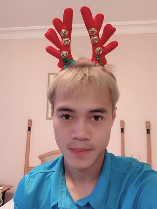Khoe ảnh đón Noel vắng chồng, vợ Phan Văn Đức khiến dân tình xôn xao - Ảnh 8
