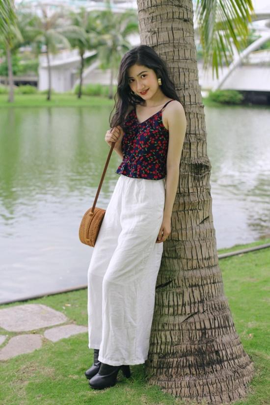 9X ĐH Nha Trang sở hữu nhan sắc xinh đẹp như mỹ nữ trong tranh - Ảnh 3
