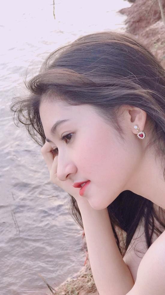 9X ĐH Nha Trang sở hữu nhan sắc xinh đẹp như mỹ nữ trong tranh - Ảnh 4