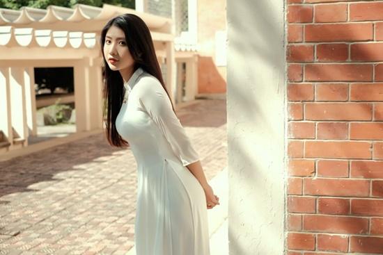 """Nữ sinh Ninh Bình diện áo dài trắng đẹp tựa tiểu tiên nữ, biết bao chàng phải """"đổ gục"""" - Ảnh 7"""