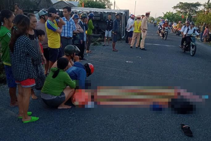 Tin tai nạn giao thông ngày 6/12: Nam sinh bị xe tải tông tử vong trên đường đến trường - Ảnh 1
