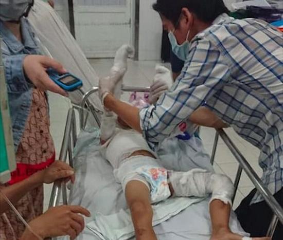 Vụ dì đổ xăng đốt cháu ruột tại Vũng Tàu: Hé lộ nguyên nhân của bi kịch - Ảnh 1