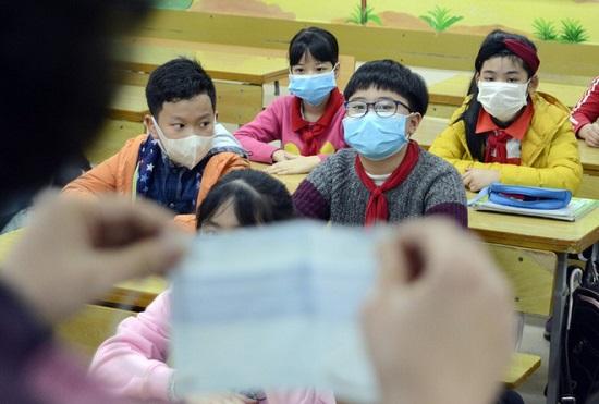 Hà Nội và 53 tỉnh, thành tiếp tục cho học sinh nghỉ đến ngày 16/2 để phòng dịch nCoV - Ảnh 1