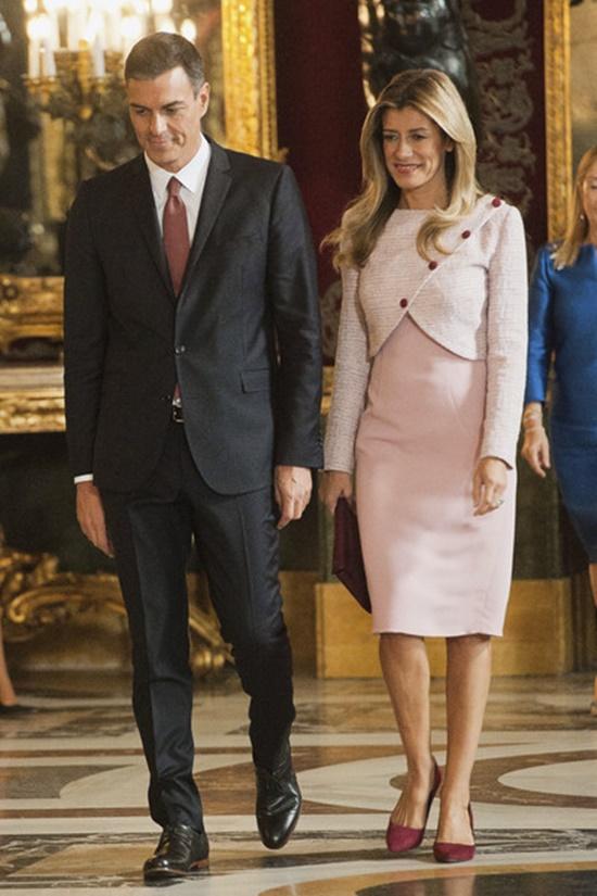 Chân dung phu nhân Thủ tướng Tây Ban Nha - Ảnh 2