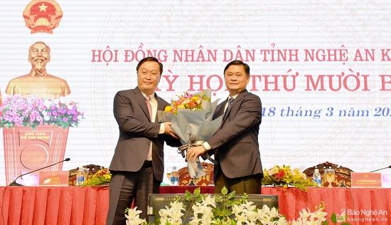 Phê chuẩn Chủ tịch UBND tỉnh Nghệ An - Ảnh 1