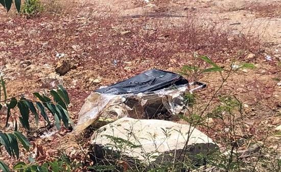 Phát hiện thi thể người phụ nữ trong chiếc va li quấn chặt bằng băng keo - Ảnh 1