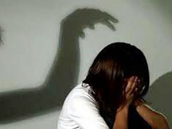 Đề nghị truy tố gã đàn ông hiếp dâm cháu gái suốt 2 năm - Ảnh 1