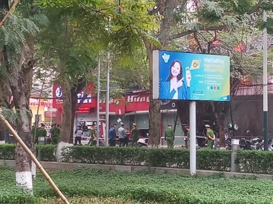 Nổ bình khí tại trung tâm thành phố Hải Phòng, 2 người bị thương nặng - Ảnh 1