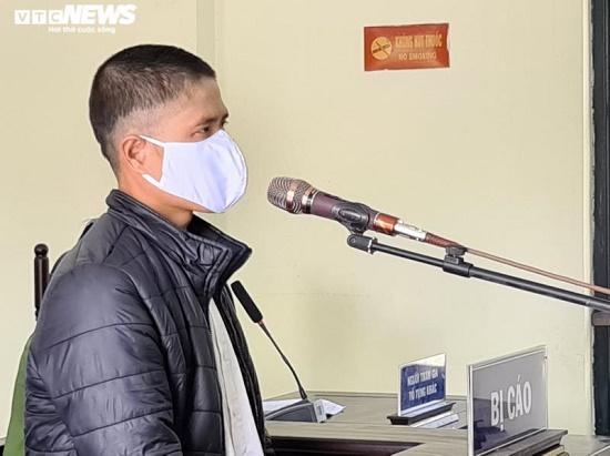 Người đàn ông lĩnh án 12 tháng tù vì chống đối công an tại chốt kiểm dịch Covid-19 - Ảnh 1