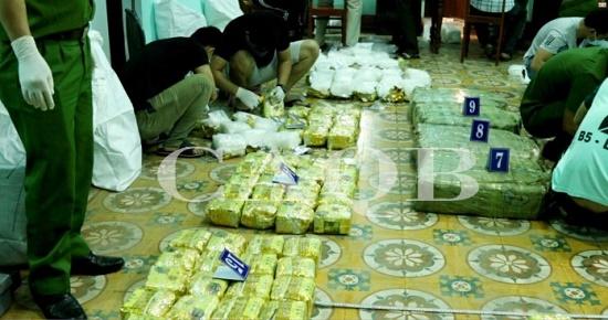 Triệt phá thành công chuyên án vận chuyển hơn 3 tạ ma túy đá tại Quảng Bình - Ảnh 2