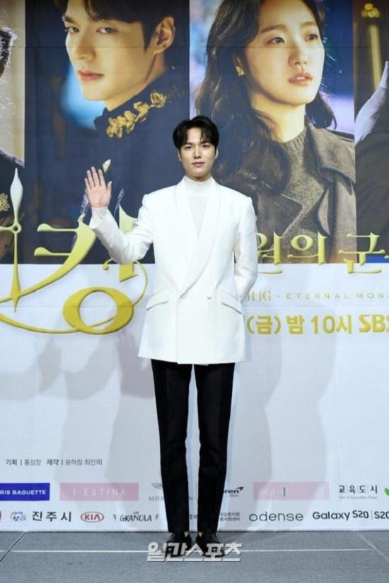 """Tạo hình cổ trang của """"Quân vương bất diệt"""" Lee Min Ho đẹp xuất sắc, """"đốn tim"""" người hâm mộ - Ảnh 4"""