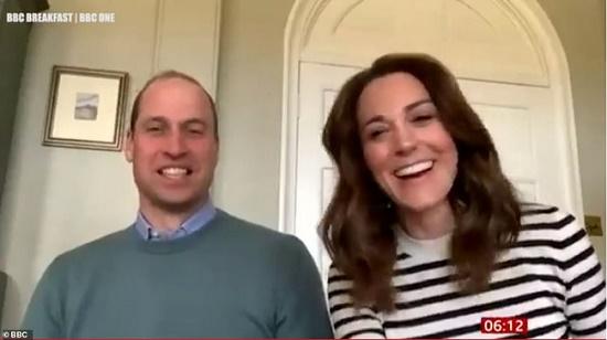 Vợ chồng Công nương Kate chia sẻ về cuộc sống cách ly ở nhà cùng các con - Ảnh 2