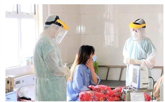 Thêm 5 bệnh nhân nhiễm Covid-19, Việt Nam có 227 ca - Ảnh 1