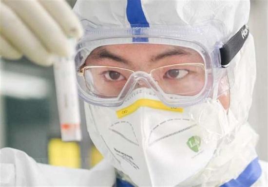Bệnh nhân 74 mắc Covid-19 điều trị tại BVĐK Bắc Ninh nghi ngờ tái dương tính - Ảnh 1