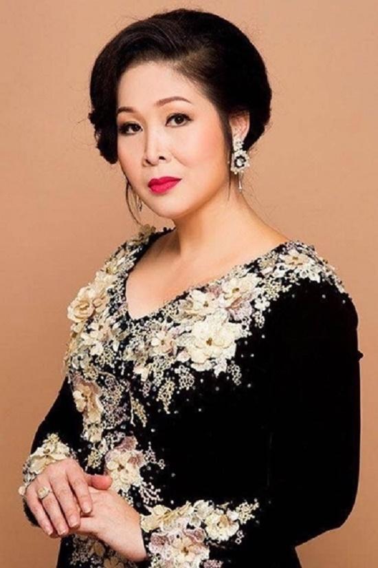 """NSND Hồng Vân: Không hề có chuyện """"không phục"""" với giải thưởng hay ganh ghét với bất kỳ nghệ sĩ nào - Ảnh 6"""